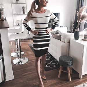 Dresses & Skirts - 😍Awesome black and white Dress